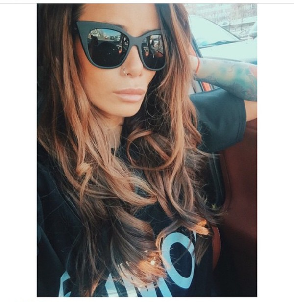 8bd79ef780 Quay X Shay Mitchell Vesper Sunglasses - Urban Outfitters