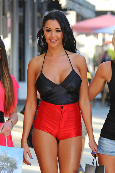red red shorts black summer outfits sexy summer nabila benattia sexy beach