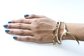 the gold snake,bracelets,jewels