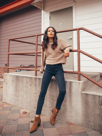 sweater tumblr nude sweater denim jeans blue jeans skinny jeans boots brown boots ankle boots knit knitwear knitted sweater