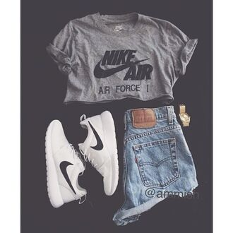 nike air force shirt nike air force 1 grey t-shirt grey t-shirt shoes shorts nike running shoes nike air nike sneakers nike shoes crop tops high waisted shorts white nike coat sneakers nikes levi's grunge t-shirt soft grunge sportswear sporty jewels graphic tee white shoes roshe runs short shorts athletic tank top crop summer
