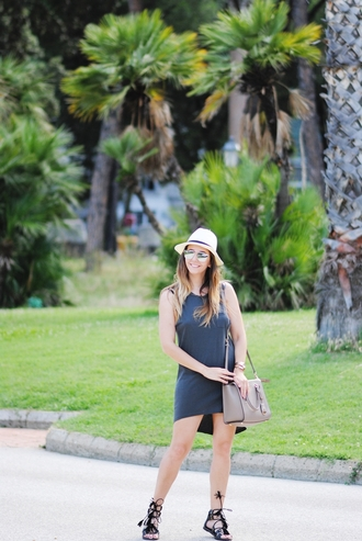 let's talk about fashion ! blogger hat sunglasses dress jewels bag shoes summer outfits