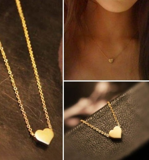 P.S. I Love You More Boutique | Dainty Gold Heart Necklace | www.psiloveyoumoreboutique.com
