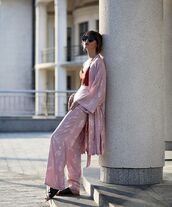 top,red top,kimono,pants,wide-leg pants,shoes,sunglasses