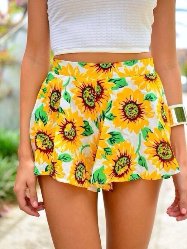 skirt yellow sunflower shorts flowered shorts flowers cute summer pink by victorias secret pink white green sunflower sunflower shorts