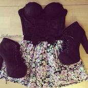 skirt,floral,floral skirt,top,tank top,black,shoes,heels,bow