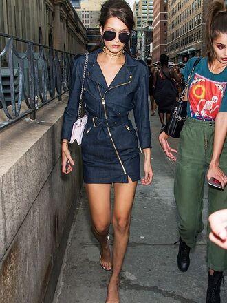 dress jean dress bella hadid streetstyle denim sunglasses spring outfits