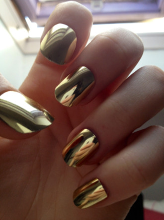 nail polish metallic nails nails nail art cool gold chrome nail polish nail accessories fake nails cool nails pretty nails neat gold nails gold nail polish style stylish trendy blogger fashion inspo fashion  inspo chill rad casual on point clothing metallic hipster grunge tumblr tumblr nails badass gold and black high heels girly