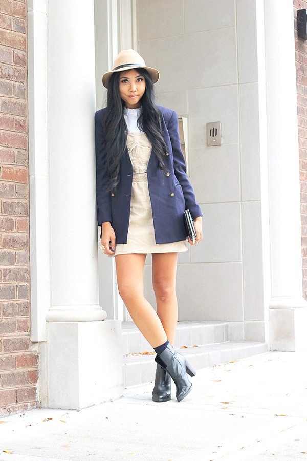fashion of a novice skirt jacket shoes hat