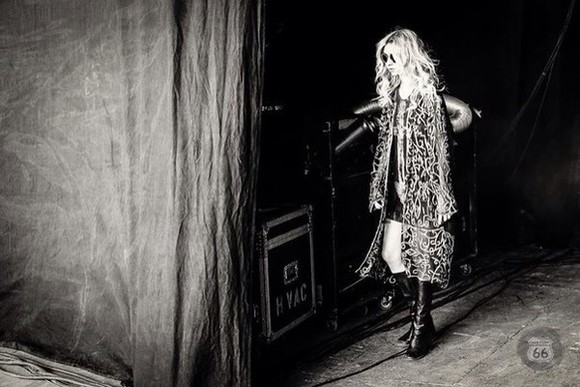 taylor momsen the pretty reckless grunge indie