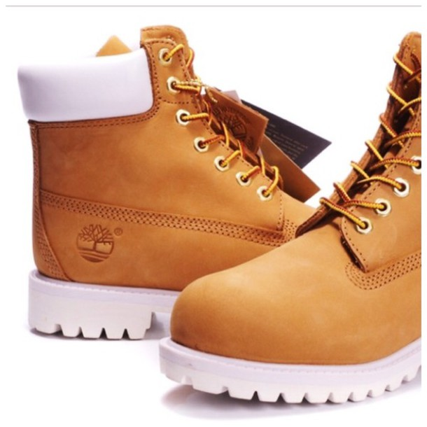 shoes, gold, white, timberlands - Wheretoget