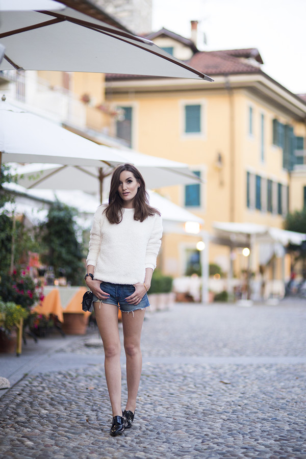 anouska proetta brandon blogger bag sweater shoes