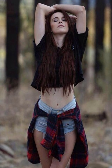 shorts light wash shirt black crop tops plaid shirt black crop top