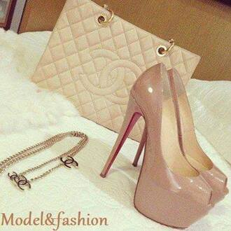 shoes cream shoes heels bag red shoes high heels jewelry hand bag chanel