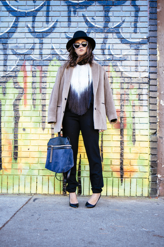 chicityfashion blogger coat t-shirt pants sunglasses hat bag