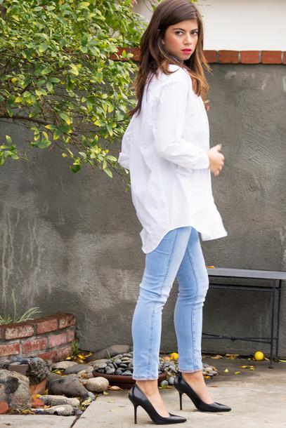 blouse boyfriend top oversized t-shirt oversized heels jeans style fashion blogger ootd outfit white top long sleeves boyfriend boyish
