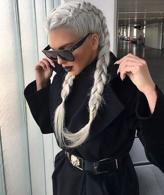 hair accessory boxer braid braid hairstyles ash blonde sunglasses black sunglasses coat black coat