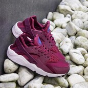 shoes,nike air force,nike,tennis shoes,sneakers,nike sneakers,oxblood,burgundy shoes,nike running shoes