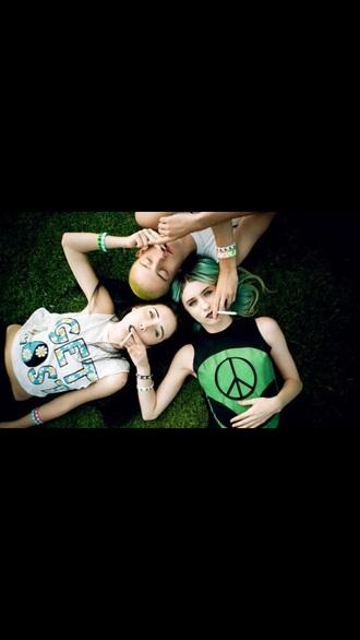 top tank top grunge t-shirt grunge soft grunge alien rock punk 90s style