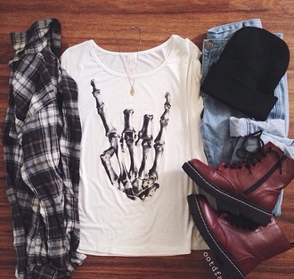 t-shirt shirt style blouse top shoes bag white flannel shirt flannel skull bones dark black hat accessories grunge t-shirt pattern white t-shirt