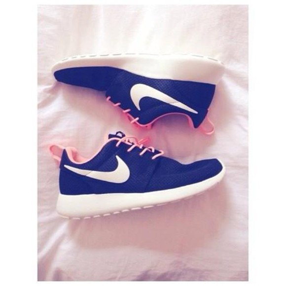 shoes pink black nike roshe run