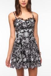 dress,short dress,skull,hipster,ruffle,lace,cute