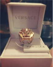jewels,http://www.versace.com,calssy never trashy,white,box,ring,medusa,medusa versace,like,heehee,whatever,gold,classy,versace,tumblr,instagram,filter,Accessory