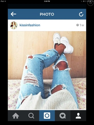jeans lightwash ripped jeans