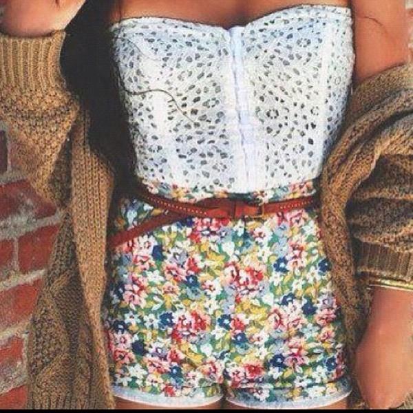 shirt bustier flowered shorts