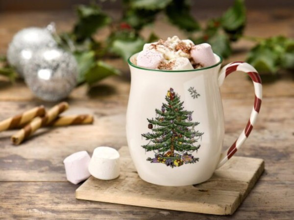 Amazon.com: Spode Christmas Tree Candy Cane Mugs, Set of 4: Spode ...