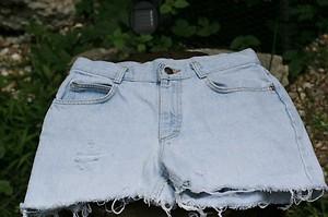 Vintage lee high waist cut off shorts