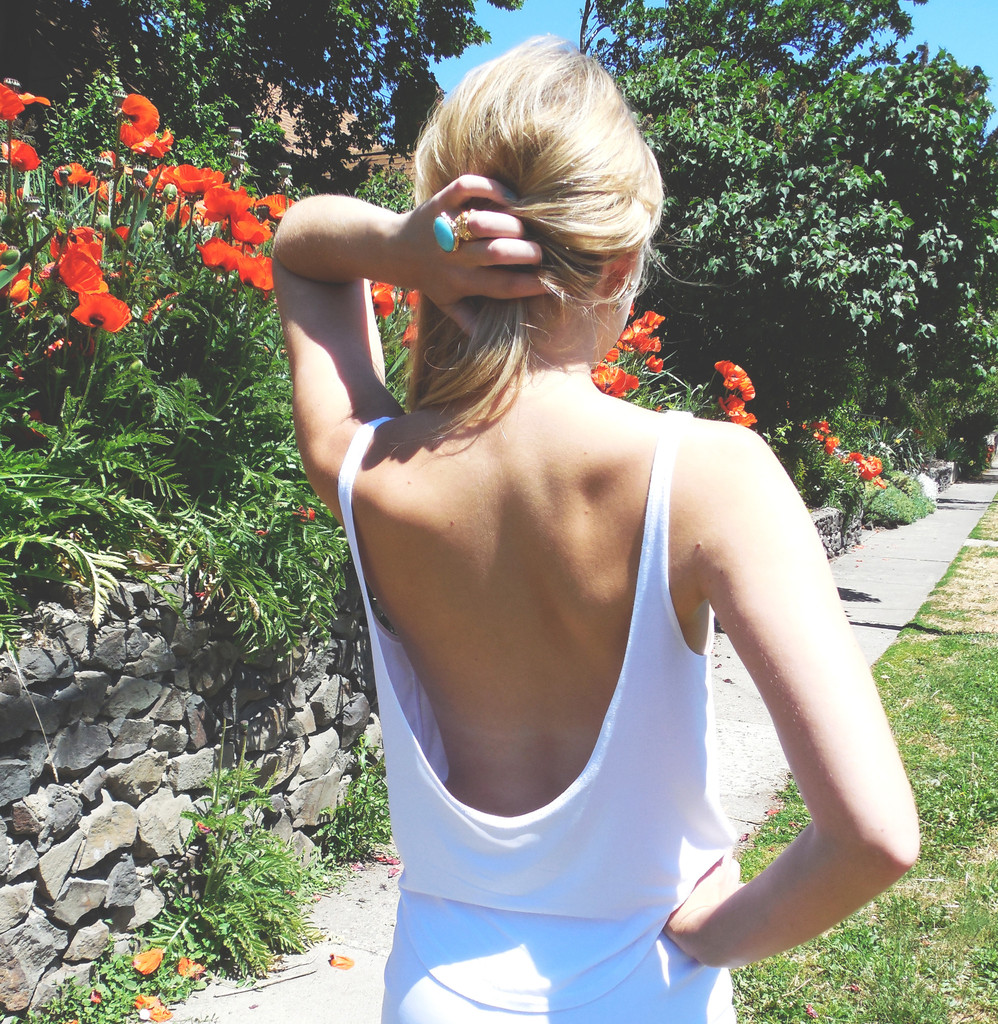 Movv Exclusive Serena Backless Tank