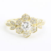 jewels,unique engagement ring,yellow gold,diamonds,silly shiny diamonds,diamond ring,engagement ring,flower ring