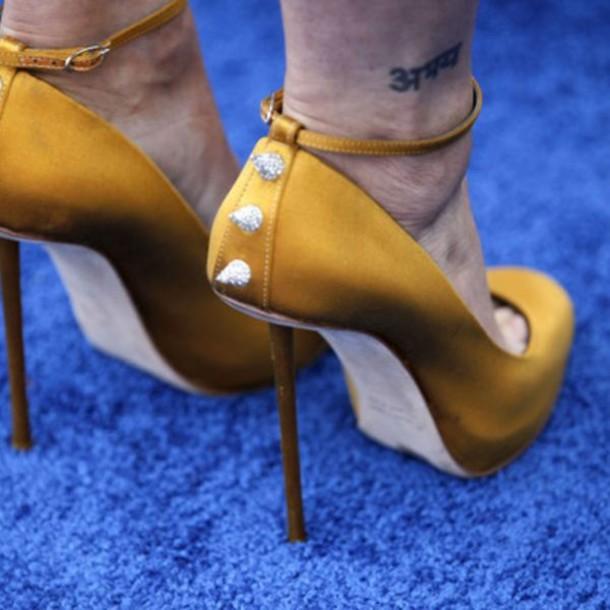 shoes studs colorful heels high heels high pretty fashion yellow amazing mustard tattoo