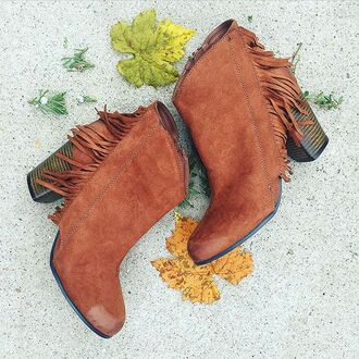 shoes divergence clothing fringes boho brown boots booties fall outfits gypsy coachella fringe shoes