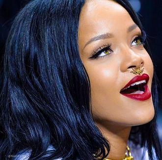 jewels rihanna septum piercing