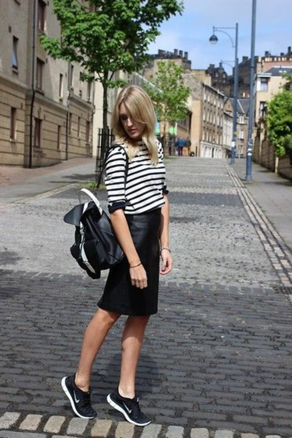 bag black leather pencil skirt nike backpack leather backpack black backpack black leather backpack grafea leather skirt black leather skirt pencil skirt black pencil skirt leather pencil skirt nike shoes black nike shoes black striped t-shirt striped t-shirt streetstyle