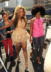 jewels,swag,beyonce,hair,pretty girl,beautiful,dress,happy,smile,make-up