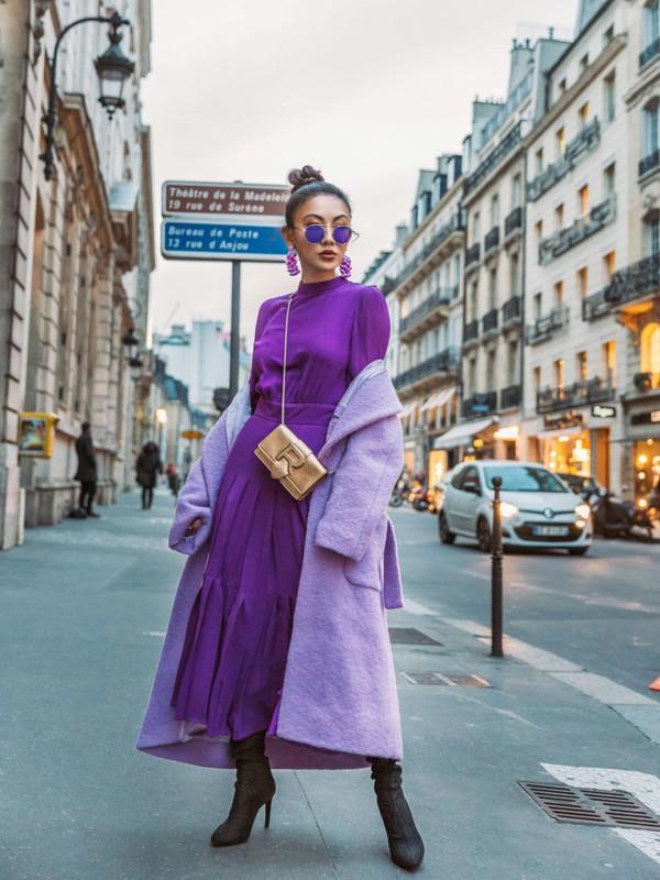 top violet purple purple top skirt purple skirt coat lilac coat lilac boots monochrome dark purple skirt monochrome outfit