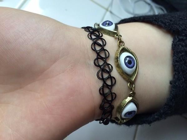 jewels black eyes blue bracelets angsty grunge art hoe