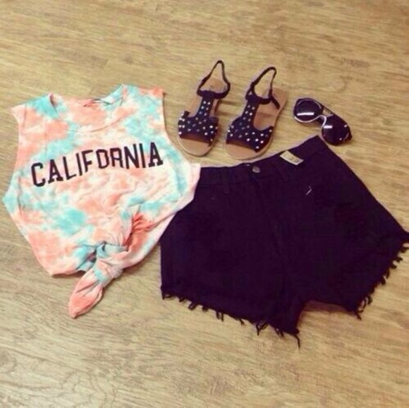 shirt california shorts shorts, shirt crop tops high waisted shorts tye dye cute tank top tie dye top black pink light blue sandals