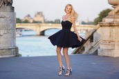 meri wild,bag,jewels,shoes,make-up,french,paris,romantic,little black dress,black,black dress,sandals,high heels,black and white,clubwear,necklace,classy,dress,❤️❤️❤️❤️,blue dress,skater dress,sweetheart dress,i need that,strapless dress,party dress,mini dress,lovely dress,cute dress,strapless dress short dress,strapless