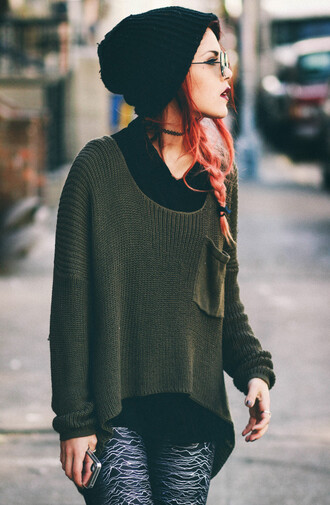 oversized kaki sweater sweater jumper loose sweater oversized sweater green green sweater kaki forest green beanie sunglasses joy division leggings hipster grunge fashion blogger boho ombre jewels