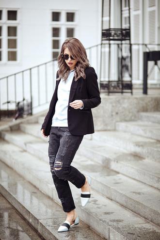 masha sedgwick blogger bag blazer black jacket ripped jeans loafers