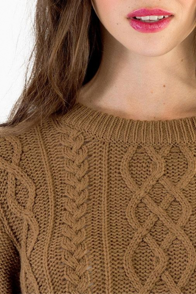 Cable knit high low hem cropped sweater with round neck