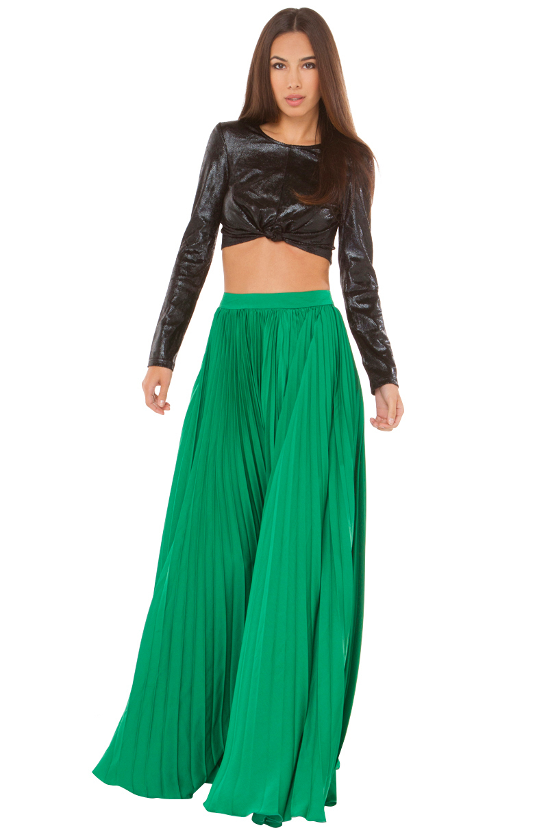 Pleated maxi skirt in green