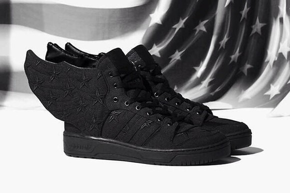 shoes sneakers black stars