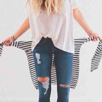 jeans pants denim blue navy distressed denim fray frayed fraying ripped hole holes ripped jeans tumblr teenagers cute cool urban retro grunge 90s style 70s style summer spring fall outfits winter outfits