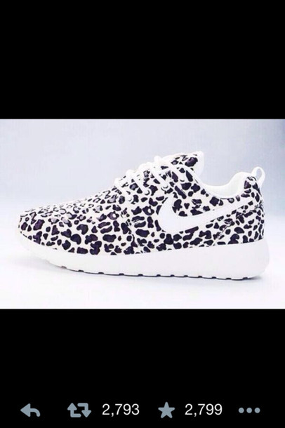 womens nike roshe runs nike running shoes black and white snow leopard