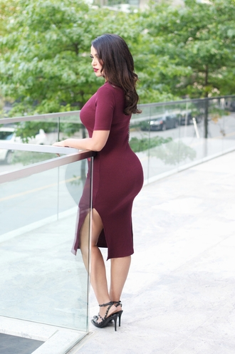 gumboot glam blogger oxblood burgundy dress curvy bodycon dress slit dress plus size dress plus size